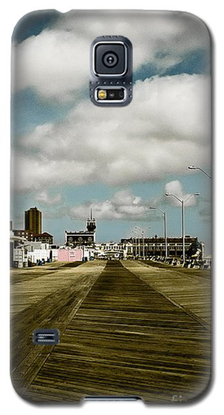 Clouds Over The Boardwalk Galaxy S5 Case by Colleen Kammerer