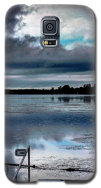 Galaxy S5 Case featuring the photograph Cloudy by Michaela Preston