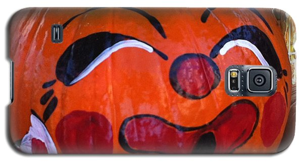 Galaxy S5 Case featuring the photograph Clown Pumpkin by Denyse Duhaime