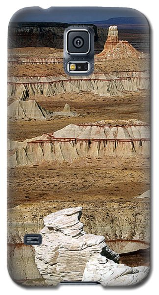 Galaxy S5 Case featuring the photograph Coal Mine Mesa 19 by Jeff Brunton