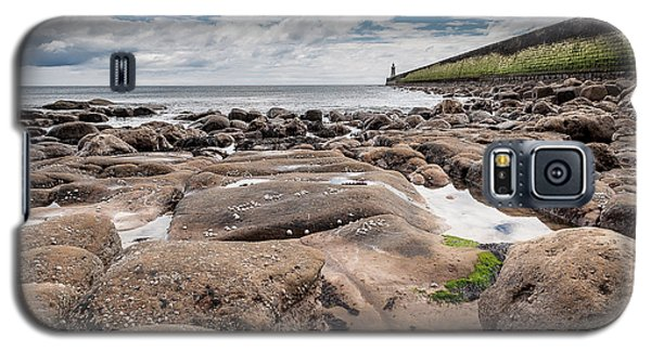 Galaxy S5 Case featuring the photograph Coast by Sergey Simanovsky