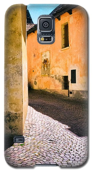 Galaxy S5 Case featuring the photograph Cobbled Street by Silvia Ganora