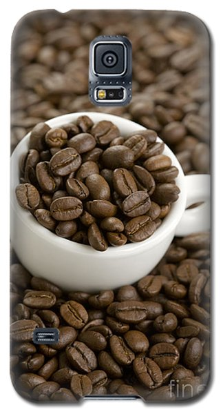 Galaxy S5 Case featuring the photograph Coffe Beans And Coffee Cup by Lee Avison