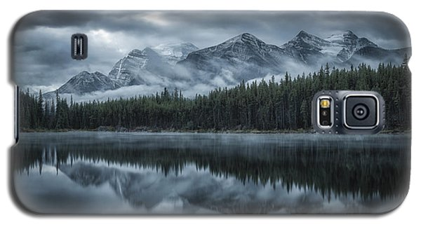 Cold Galaxy S5 Case - Cold Mountains by Michael Zheng