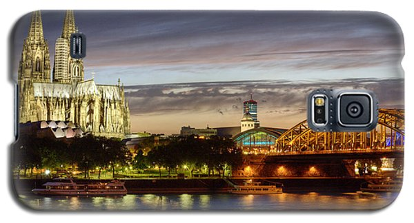 Cologne Cathedral With Rhine Riverside Galaxy S5 Case