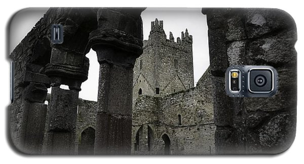 Colonnade And Tower Of Jerpoint Abbey Galaxy S5 Case
