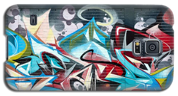 Colorful Abstract Graffiti Art On The Brick Wall Galaxy S5 Case