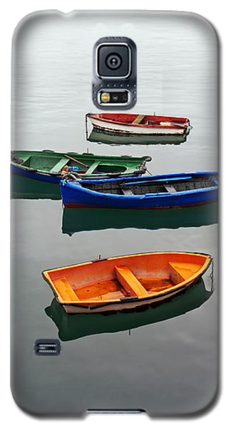 colorful boats on Santurtzi Galaxy S5 Case