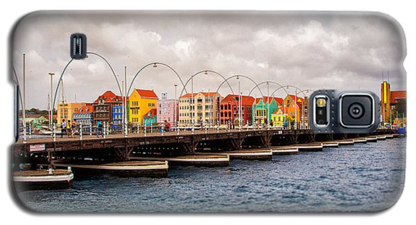 Colors Of Willemstad Curacao And The Foot Bridge To The City Galaxy S5 Case