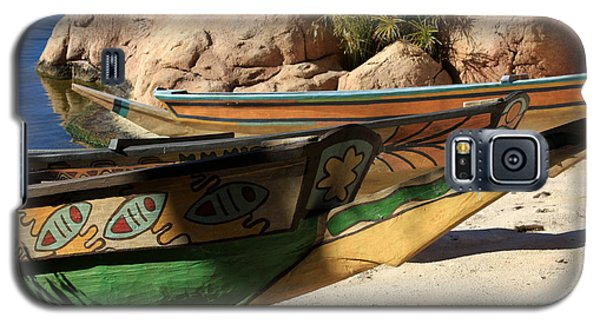 Galaxy S5 Case featuring the photograph Colorul Canoe by Chris Thomas