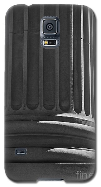 Galaxy S5 Case featuring the photograph Column 2 by Linda Bianic