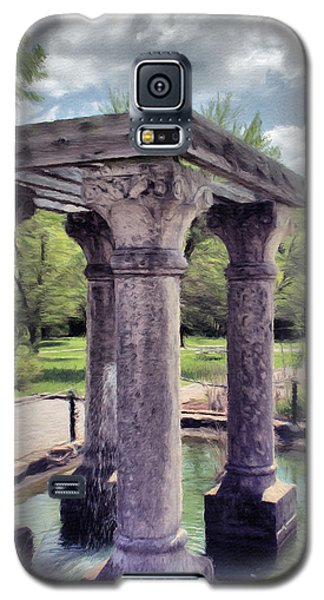 Columns In The Water Galaxy S5 Case