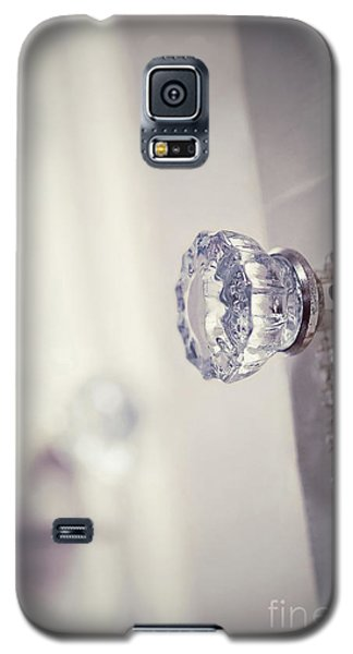 Galaxy S5 Case featuring the photograph Come Early Morning by Trish Mistric