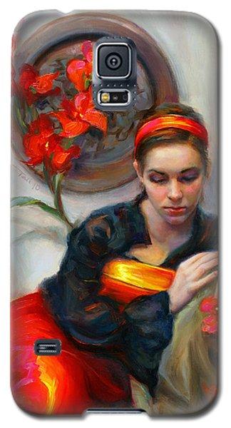 Common Threads - Divine Feminine In Silk Red Dress Galaxy S5 Case