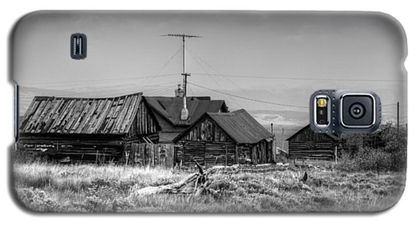 Galaxy S5 Case featuring the photograph Como In Black And White by Lanita Williams