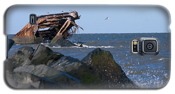 Galaxy S5 Case featuring the photograph Concrete Ship by Greg Graham