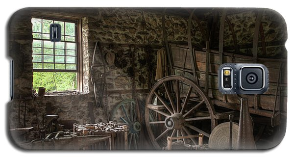 Galaxy S5 Case featuring the photograph Conestoga Wagon At The Blacksmith - Wagon Repair by Gary Heller