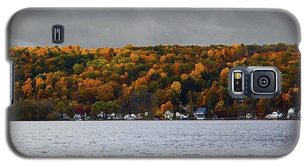 Conesus Lake Autumn Galaxy S5 Case by Richard Engelbrecht