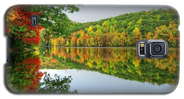 Connecticut River In Autumn Galaxy S5 Case