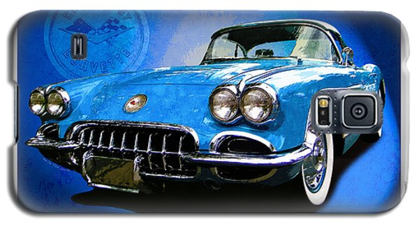 Galaxy S5 Case featuring the photograph Cool Corvette by Kenneth De Tore