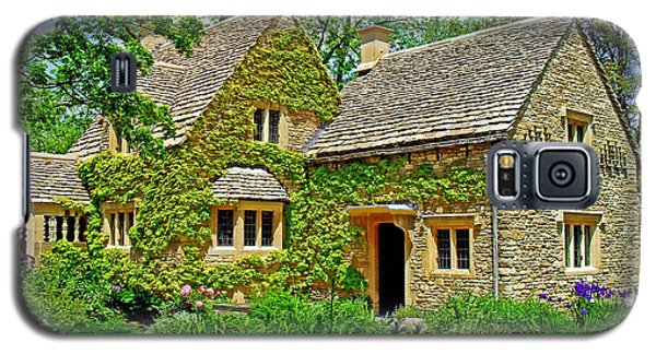 Galaxy S5 Case featuring the photograph Cotswold Cottage by Rodney Campbell