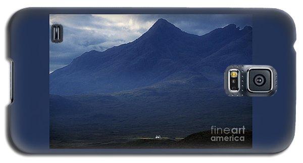 Cottage Below Sgurr Nan Gillean - Isle Of Skye Galaxy S5 Case