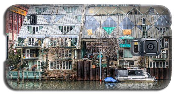 Cottages On The River Galaxy S5 Case by Michael  Bennett