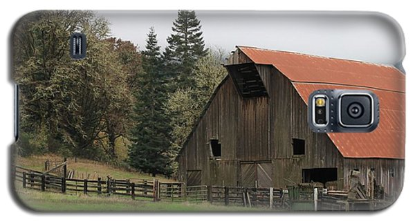 Country Barn Galaxy S5 Case by Katie Wing Vigil