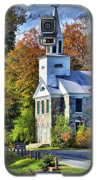 Galaxy S5 Case featuring the photograph Country Church by Barbara Manis