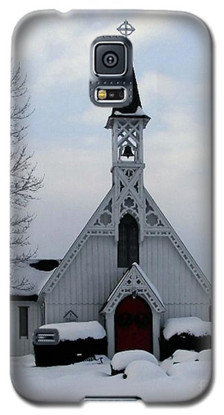 Country Church In Snow Galaxy S5 Case