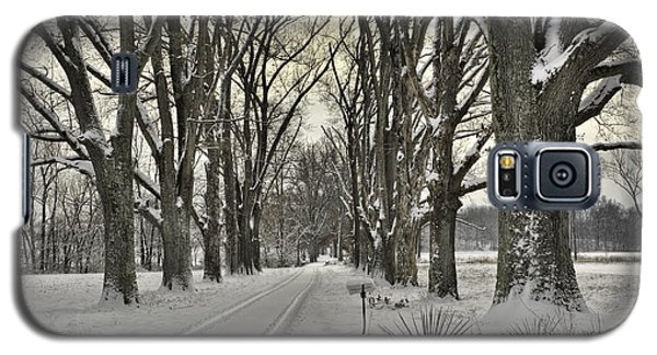 Country Lane In Winter Galaxy S5 Case