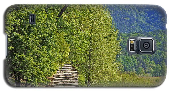 Galaxy S5 Case featuring the photograph Country Road by Geraldine DeBoer