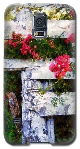 Country Rose On A Fence 2 Galaxy S5 Case