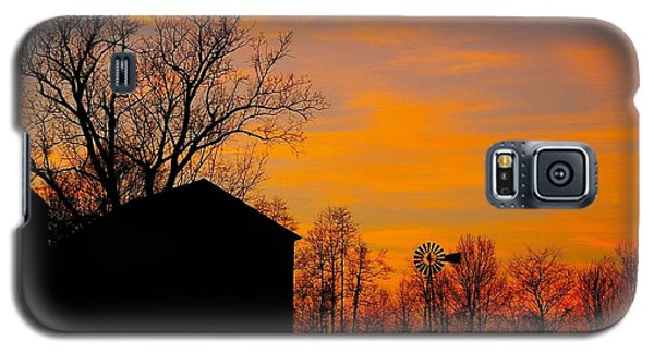 Galaxy S5 Case featuring the photograph Country View by Randy Pollard
