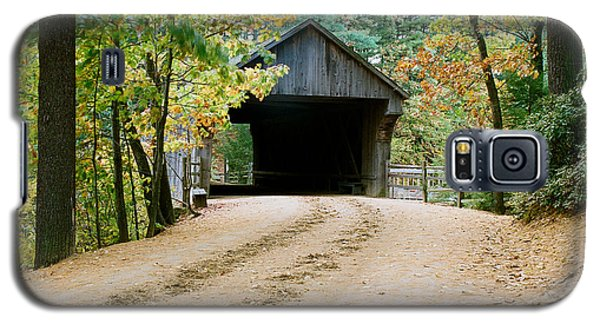 Galaxy S5 Case featuring the photograph Covered Bridge In October by Vinnie Oakes