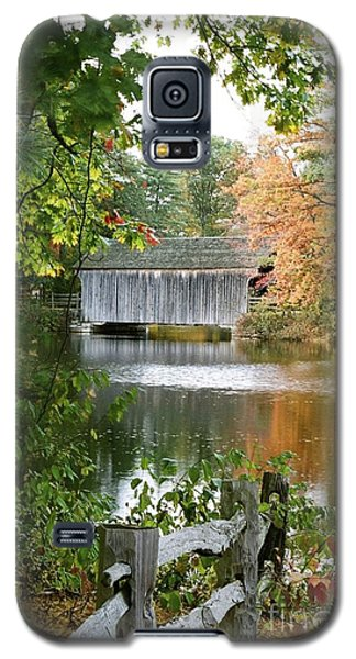 Covered Bridge Over The Lake Galaxy S5 Case by Vinnie Oakes