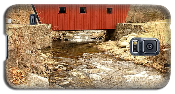 Galaxy S5 Case featuring the photograph Covered Bridge by Raymond Earley