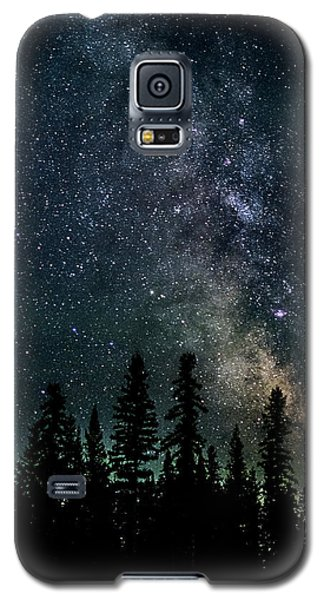 Galaxy S5 Case featuring the photograph Cranbrook Milkyway by Rob Tullis