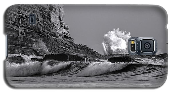 Crashing Waves At Cabrillo By Denise Dube Galaxy S5 Case