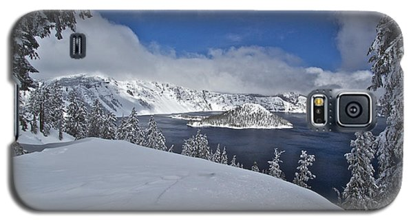 Galaxy S5 Case featuring the photograph Crater Lake/ Wizard Island by Todd Kreuter