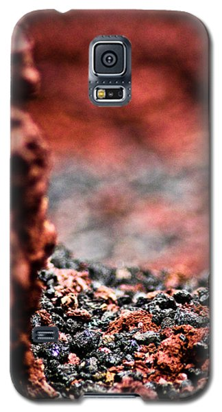 Galaxy S5 Case featuring the photograph Craters Of The Moon 1 by Joel Loftus