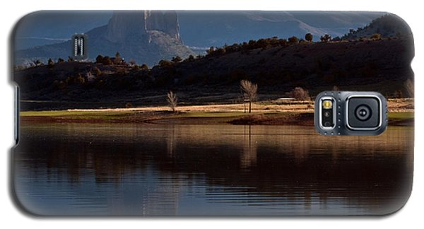 Galaxy S5 Case featuring the photograph Crawford Reservoir And Needlrock by Eric Rundle