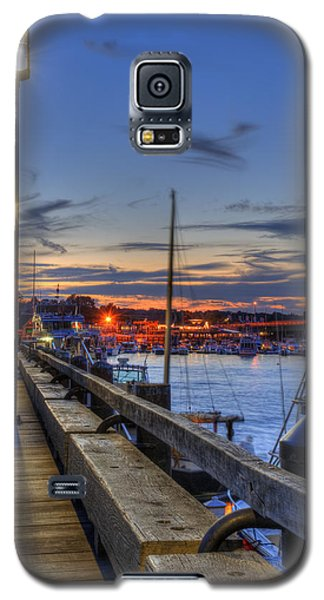 Crescent Moon Over Newburyport Harbor Galaxy S5 Case by Joann Vitali