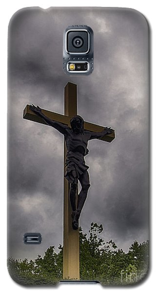 Cross In The Woods  Galaxy S5 Case by JRP Photography