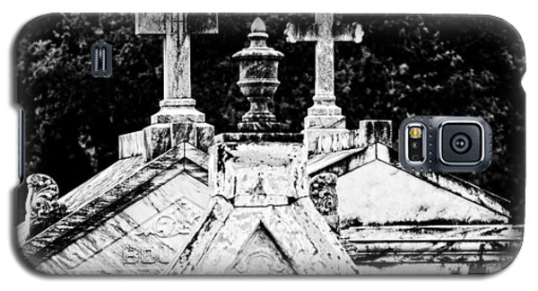 Crosses Of Metairie Cemetery Galaxy S5 Case by Andy Crawford