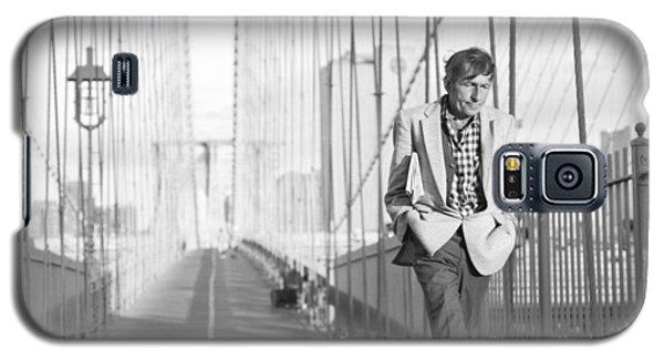 Crossing Brooklyn Bridge Galaxy S5 Case