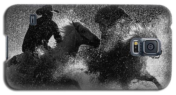 Crossing The River Galaxy S5 Case by Ana V Ramirez