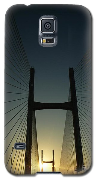 Crossing The Severn Bridge At Sunset - Cardiff - Wales Galaxy S5 Case by Vicki Spindler