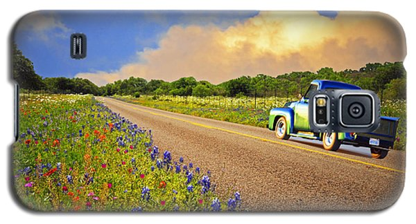 Crusin' The Hill Country In Spring Galaxy S5 Case