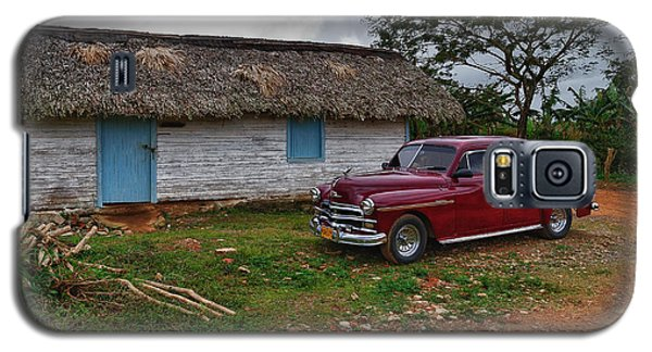 Galaxy S5 Case featuring the photograph Cuba Cars 3 by Juergen Klust